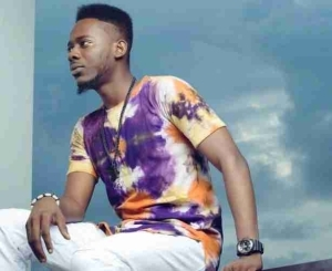 YBNL Soldier, Adekunle Gold Shows Off The Interior View Of His New Mansion As He Moved In.